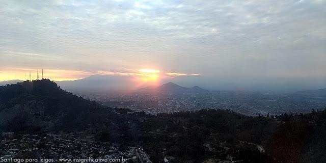 Chile - Santiago - Pôr do sol a partir do Sky Costanera