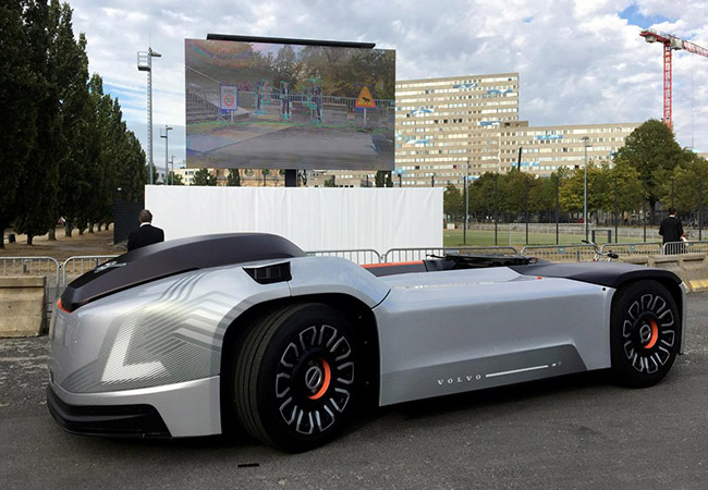 Tinuku Volvo shows off self-driving electric truck, no cab