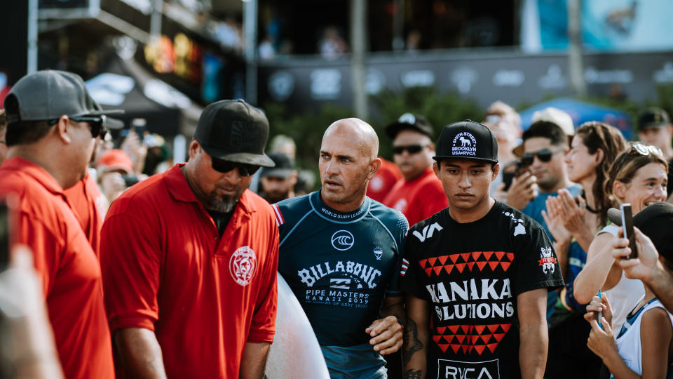#Tournotes: Finals Day at the Billabong Pipe Masters 🎥: Peter King Photography