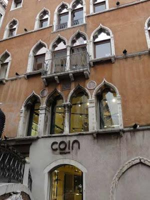 Il grande magazzino Coin