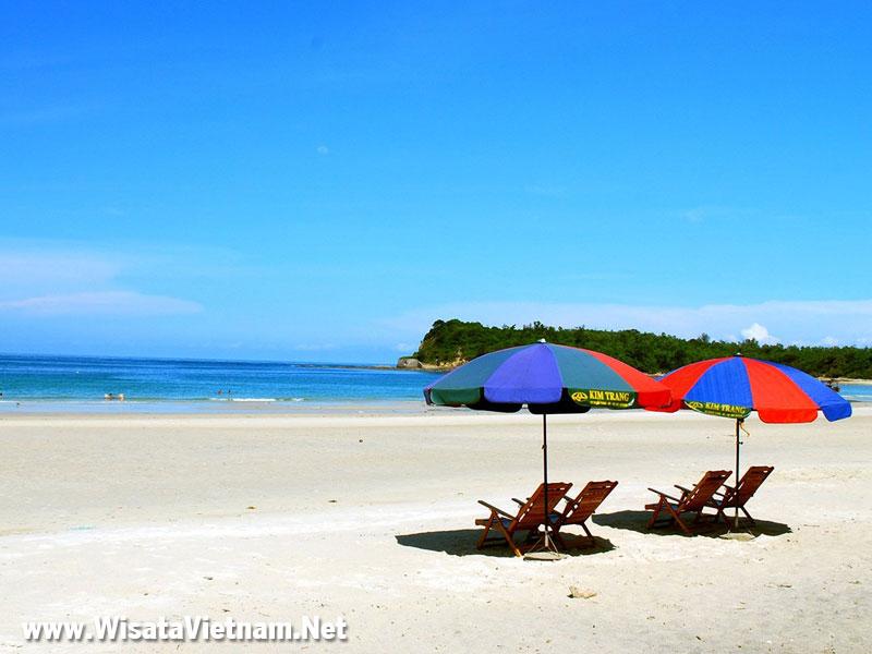 Pantai Tuan Chau, Ha Long