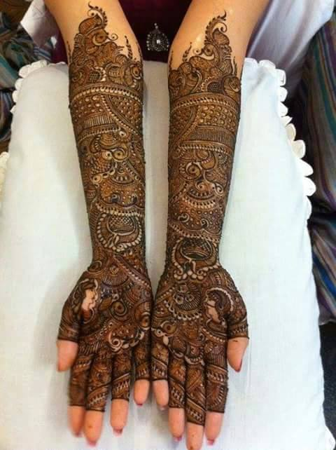 Bridal Designs for Full Hands 5