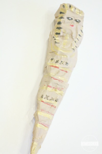 make-egyptian-mummy-craft-hands-on-history-project