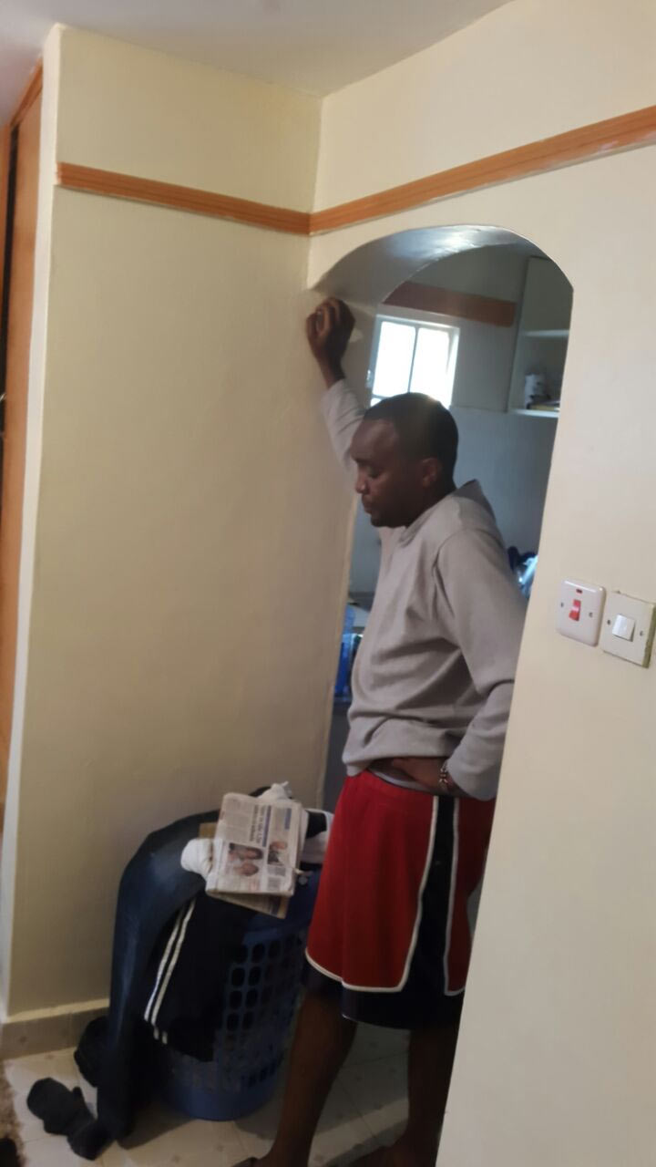 Photos: Man flogs wife and male lover after catching them pants down in bed