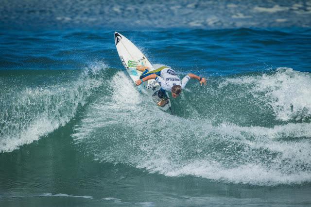 37 Luis Diaz CNY Prozis Pro Junior Espinho Foto WSL Damien Poullenot