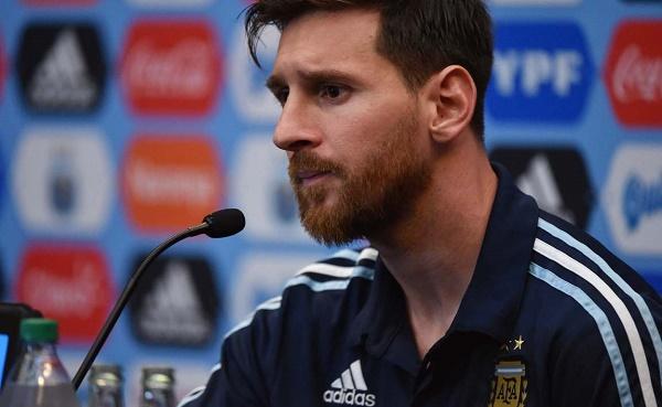 """Lionel Messi révèle le nom du joueur qui l'a marqué et qui reste le """"meilleur"""""""