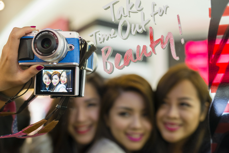 BFF Style with Olympus Pen Workshop! (Camera Give-Away)
