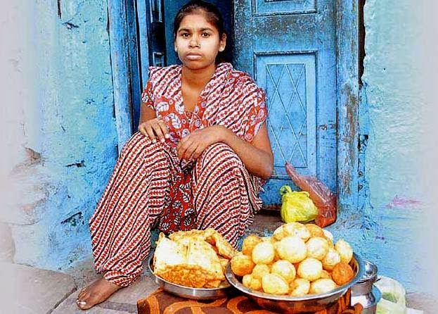 Olympics medal winner now a 'gol gappa' seller