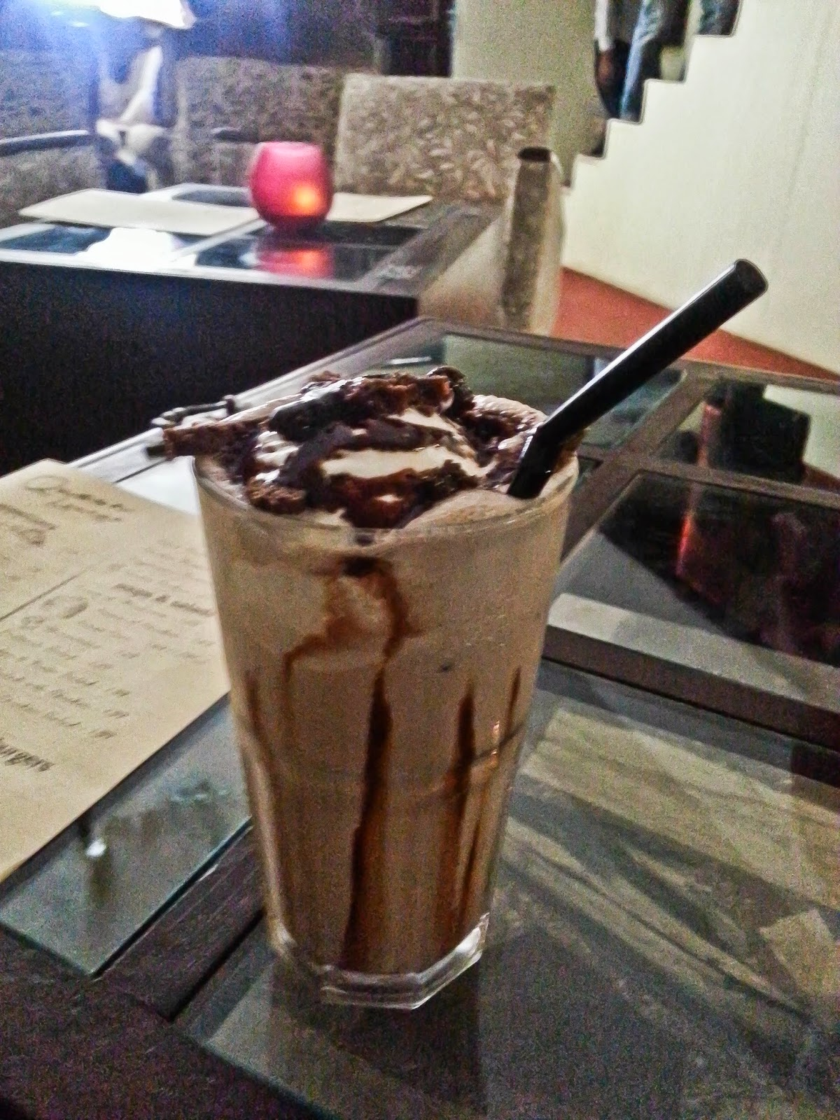Cookie Monster Shake at Quesa Lounge, Noida
