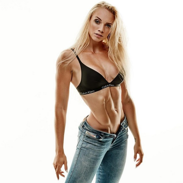 22-year-old Josefine Achen is a bikini fitness athlete