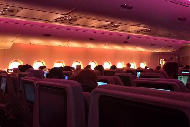 im Flugzeug Passagiere Passagierraum Tipps gegen Flugangst
