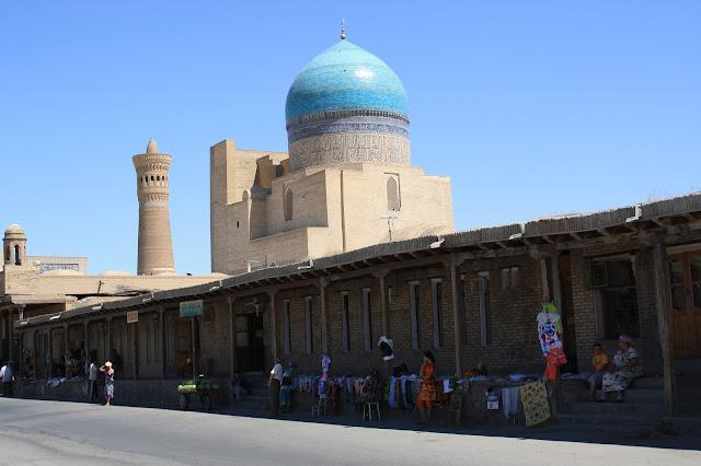Ouzbékistan, Kaylan, rue Khodja Nurobobod, mosquée, minaret, © L. Gigout, 2010