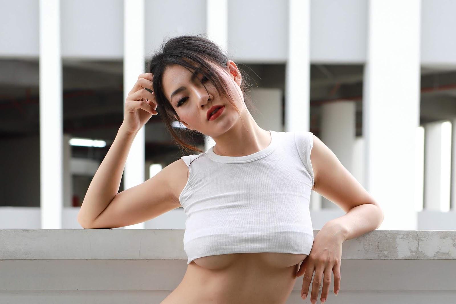 Model Tố Uyên ko nude mà vẫn sexy quá