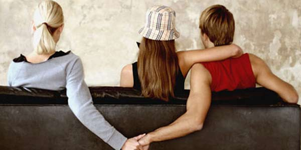 Cinta Segitiga Berujung Selingkuh Maafkan Saja