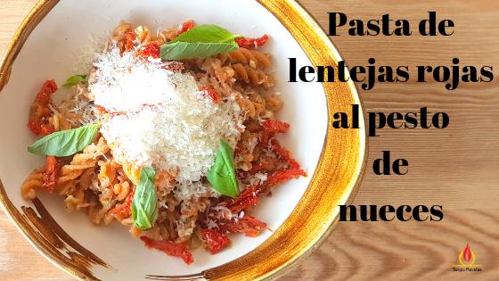 helices-lentejas-rojas-sin-gluten-salsa-pesto-nueces