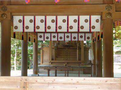 四條畷神社 本殿