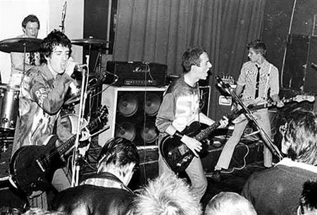The Clash - Live In Cardiff 1977