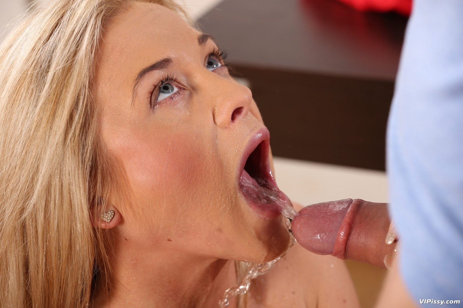 Beautiful babe ariana marie fucking a big cock in the shower 1