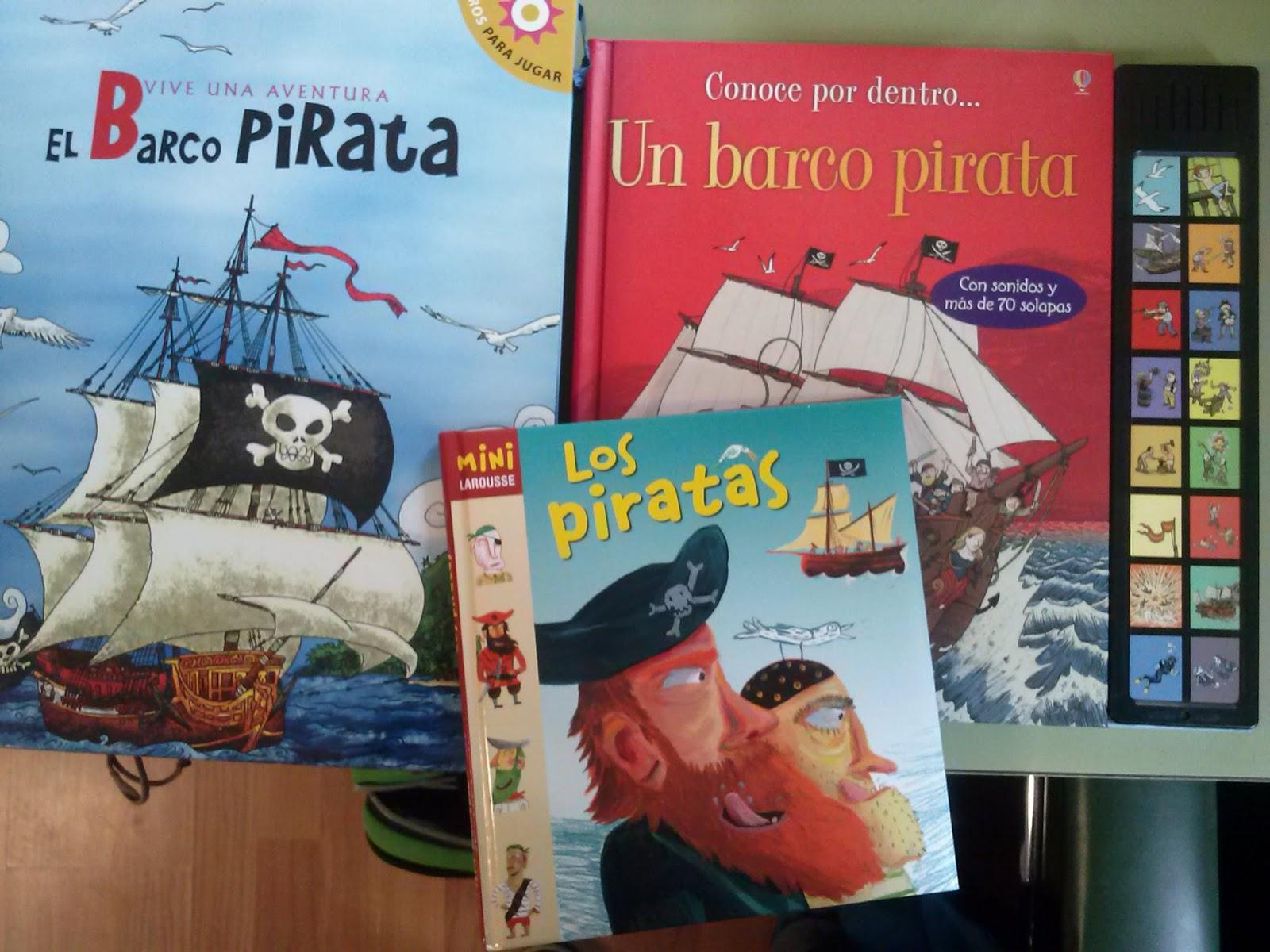 Atado con una cuerda en un barco pirata 10