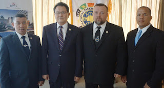 Dirigentes globales de Taekwon-do ITF Ho Yong y Zamecnik visitan Ministerio de Deportes