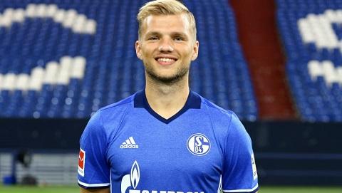 Chân dung tiền vệ Johannes Geis