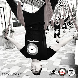 RAFAEL MARTINEZ, DIRECTEUR AEROYOGA INTERNATIONAL, YOGA AERIEN STAGE