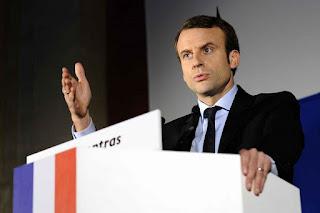 """رد فعل رد فعل اصحاب """" السترات الصفراء """" علي خطاب الرئيس الفرنسي ماكرون"""