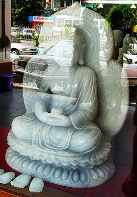 white Buddha for sale in Bogyoke market