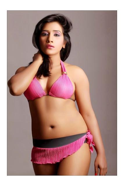 Bollywood Hot Actress In Bikini Bollywood Actress in Bikini Pics 11
