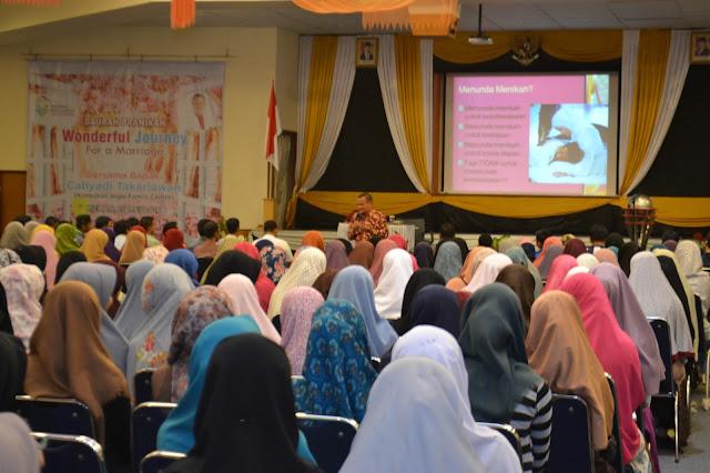 Peduli Masa Depan Kawula Muda, RKI Kota Medan Gelar Seminar Pra Nikah