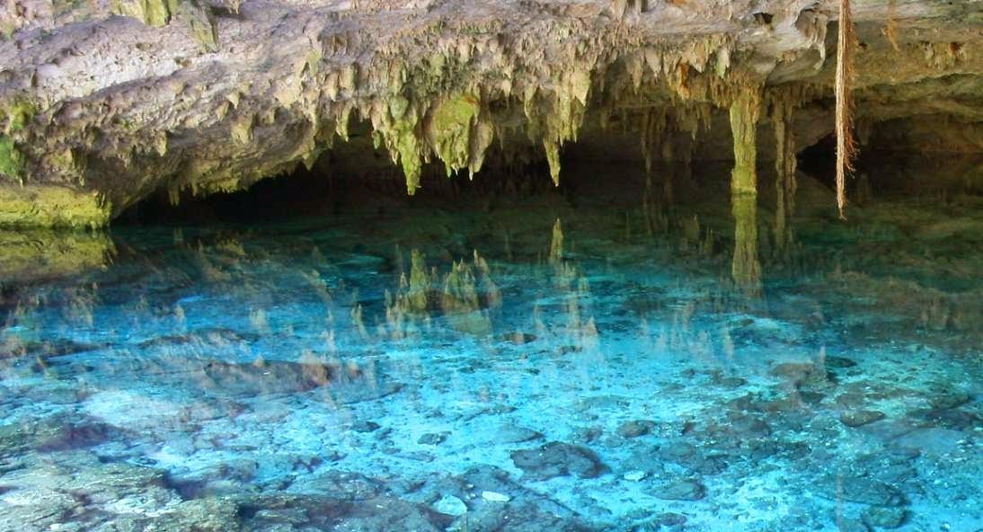 Aguas subterraneas y geologia