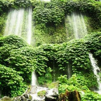 Pesona Wisata Alam Tersembunyi, Air Terjun Benang Kelambu Lombok