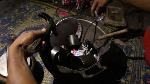 Kecanduan Narkoba Menghancurkan Desa di Thailand