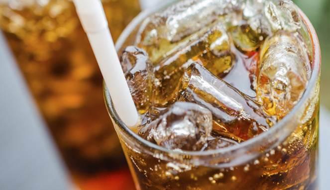 5 Alasan Kenapa Minuman Bersoda Buruk Untuk Tubuh Kamu