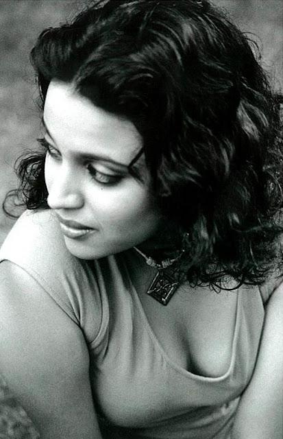 swara bhaskar hot and sexy