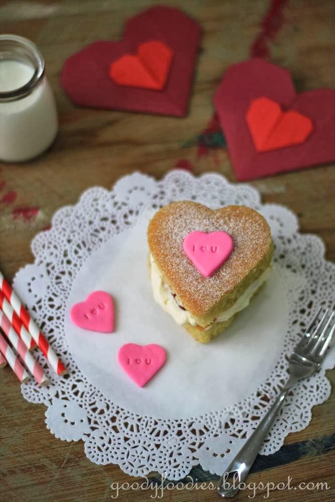 Goodyfoodies Recipe Valentine S Mini Heart Cakes Happy Valentine S Day