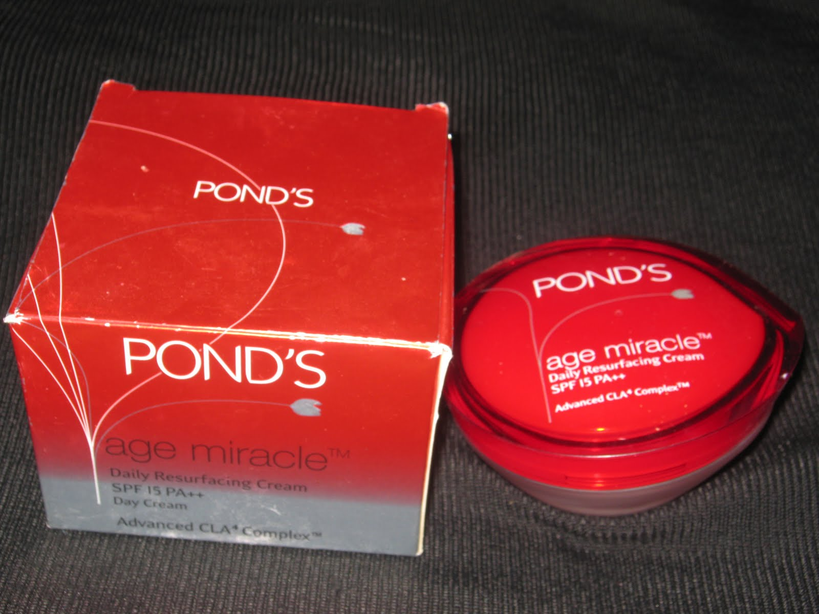 Ponds Age Miracle Daily Resurfacing Cream Swatch Review