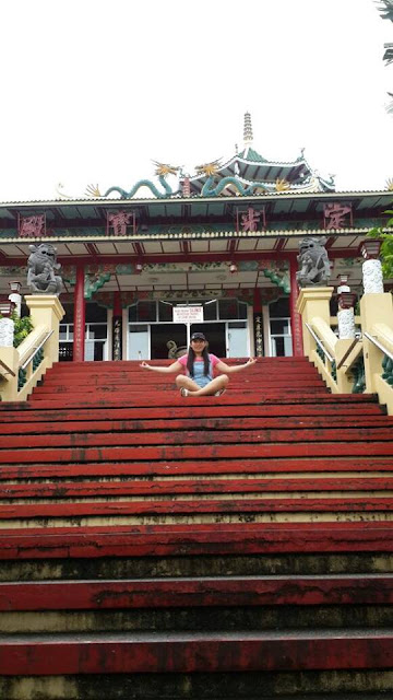 Twin city tour in Cebu stop: Taoist Temple