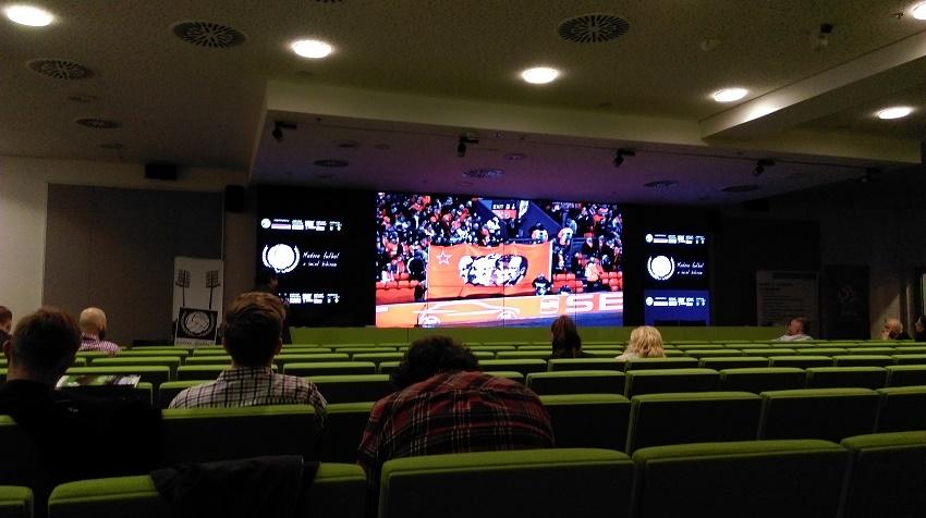 """Podczas 6. edycji konferencji """"Modern futbol a świat kibiców"""" - fot. Tomasz Janus / sportnaukowo.pl"""
