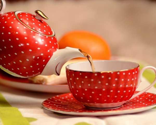 сухие измельченные соцветия донника - 1 ч.л; - вода - 1 стакан; - сок 1 лимона; - мед - 50 г;