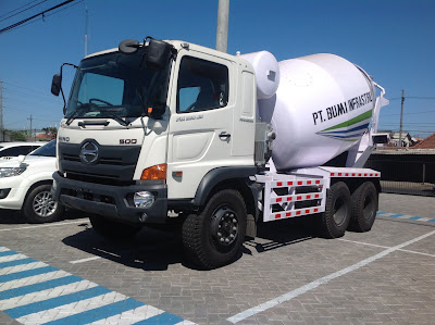 truk hino mixer 7 kubik surabaya