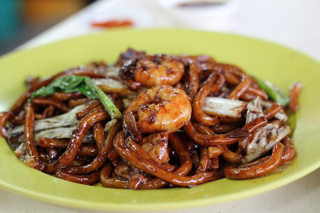 Hokkien Mee ( Noodles Con Carne De Cerdo Y Gambas)