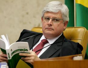 Rodrigo Janot defende legalidade de grampo entre Lula e Dilma