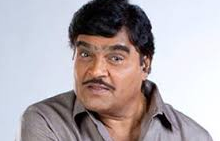 Ashok Saraf son, age, family, daughter, movies, biography, wife, first wife, marathi movies, comedy, date of birth, caste, and ranjana, family photo, comedy movies, house photo, wiki, biography