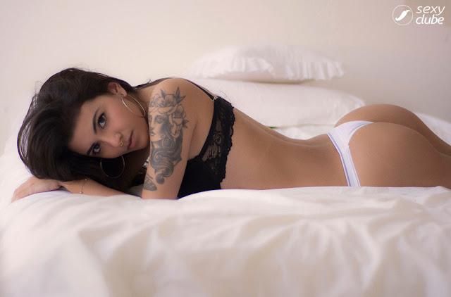 Fotos de Marjorie Monteiro nua e pelada na Revista Sexy