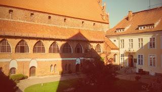 Dziedziniec zamku w Olsztynie