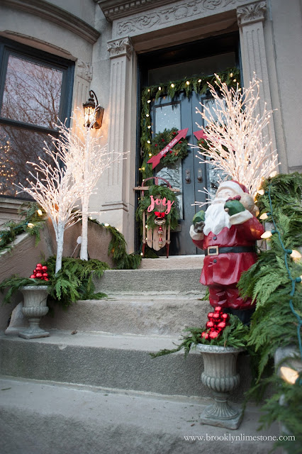 Side view of Christmas front door showing steps