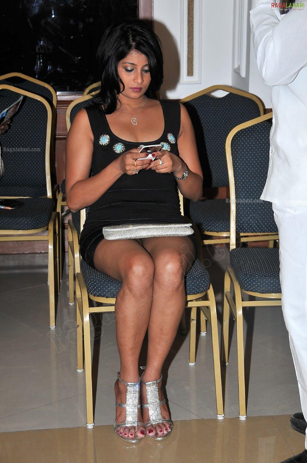 Sexy Sri Lankan Actress and Models: Nadeesha Hemamali latest