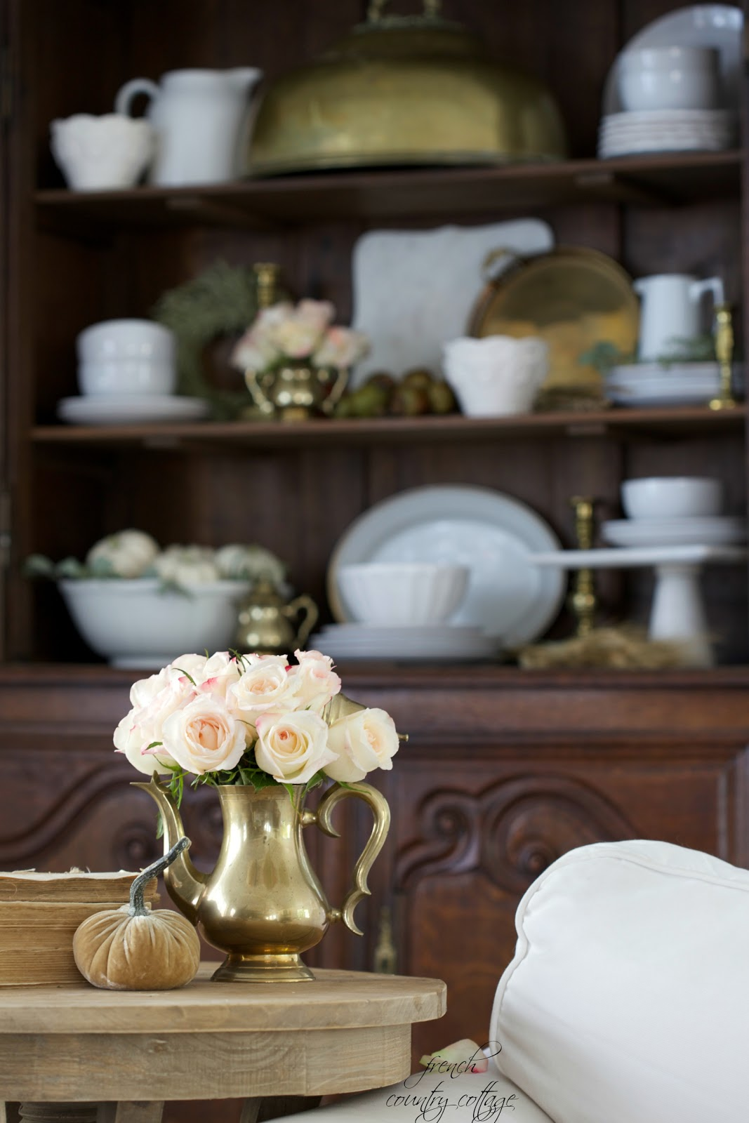 Simple Autumn with French Cottage Style in the Living Room ...