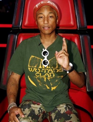 Foto de Pharrell Williams sentado